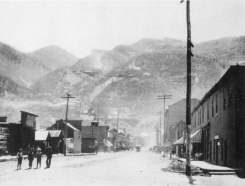 Aspen Historical Society - Mill St. Facing Sth. 1890
